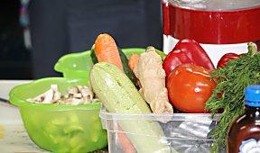 """Используем разнообразные овощи на мастер-классе """"Ешь и стройней"""""""