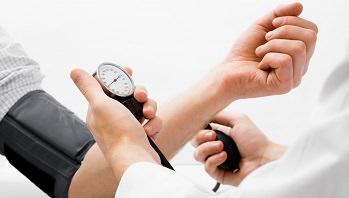 снизить давление можно и без лекарств за счет отказа от соли